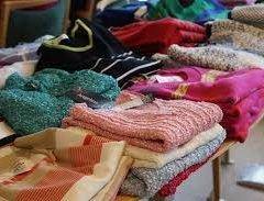 Damernes Butik viser tøj.
